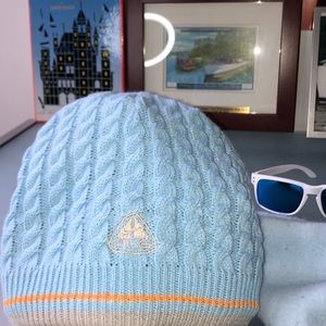 Nike fleece lined light blue ski hat